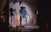 Barbara Kasten in her New York studio, 1983 - Photo © Kurt Kilgus