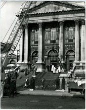 Installing sculptures on Tate's front entrance steps for the Barbara Hepworth exhibition (3 Apr-19 May 1968)