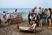 Chris Steele-Perkins, Blackpool beach, fromThe Pleasure Principle,1980–9