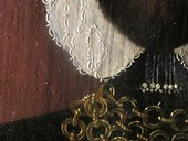 Fig.4 Detail of the collar, shoulder and the background