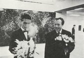 Fig.6 Imai Toshimitsu (left) and Sam Francis (right) at their simultaneous solo exhibitions when they opened at a second venue, Kintetsu Department Store, Osaka, November 1957