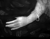 Fig.8 Infrared detail of the sitter's left hand