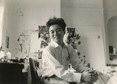 Fig.8 Tōno Yoshiaki in Sam Francis's Chelsea Hotel studio, New York, 1959