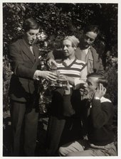 Frederick Ashton, Lydia Lopokova, Duncan Grant and Billy Chappell drinking a toast in the garden at Charleston © Tate