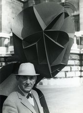 Naum Gabo with Head No.2 1916 outside Tate Britain in 1964