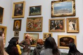 A free guided tour in Tate Britain