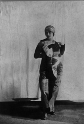 Sonia Delaunay in Simultaneous dress, c1913