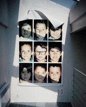 Christian Boltanski, photographic portraits of children in grid format