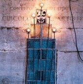 Christian Boltanski Monument: Les Enfants de Dijon (detail) 1986 Photographs, electric lamps, electrical wire