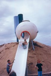 Group Ludic's Spheres playground, Herouville-Saint-Clair 1968