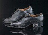Men's shoes with camera hidden in heel