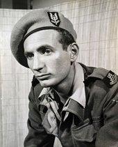 Bernard Perlin as war artist-correspondent, Cairo 1943