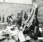 Marta Minujín La destrucción (The Destruction) 1963