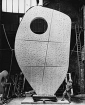 Barbara Hepworth with the plaster of Single Form 1961–4 at the Morris Singer foundry, London, May 1963