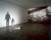 Juan Muñoz Towards the Shadow 1998
