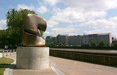 Henry Moore Locking Piece 1963–4 Millbank, London