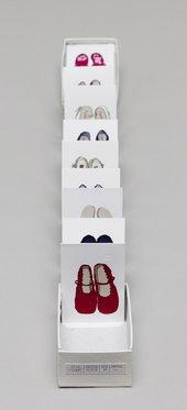 Hilary Judd born 1977 [Shoe Box] [2006] [Manchester: Hilary Judd, 2006]