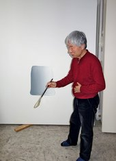 Lee Ufan at work in his Paris studio, February 2014