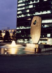 Barbara Hepworth, Single Form 1964