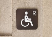 Wheelchair sign at Tate Britain