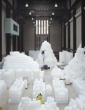 Rachel Whiteread installation of EMBANKMENT