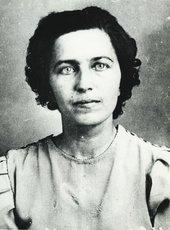 Fig.6 NKVD arrest photograph of Alisa Venglosh, born 1887, German citizen, actress