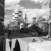 Street view of Baghdad in 1960 by photographer Latif Al Ani