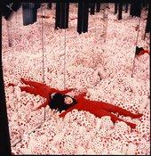 Yayoi Kusama in Infinity Mirror Room – Phalli's Field at the exhibition Floor Show at Castellane Gallery, NewYork,1965