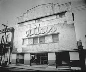 Photograph of a cinema in Cuba