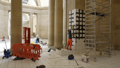 Grouting the plinths