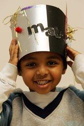 Kids making pop art hat