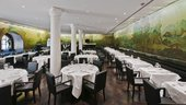 tavoli nel ristorante Rex Whistler