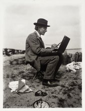 Photograph of Roger Fry painting, 1911 © Tate Archive