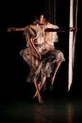 Trisha Brown Dance Company, Set & Reset, 2006 performance Ikegami Naoya / Saitama Arts Theater / Saitama Arts Foundation