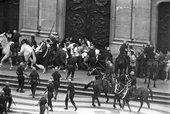 Evandro Teixeira, Police repression of a student march at Edson Luís, Candelária, Rio de Janeiro 1968 © Evandro Teixeira
