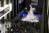 photograph of lots of people in the Turbine Hall with a big monument sculpture