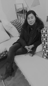 Photograph of artist Xing Danwen