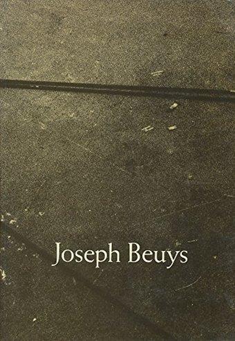Fig.9 Copertina di Joseph Beuys, catalogo della mostra, Solomon R. Guggenheim Museum, New York 1979