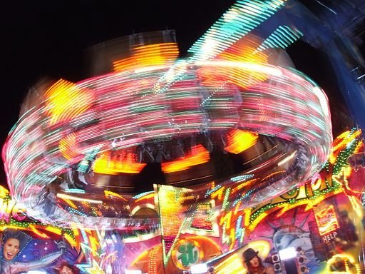Fairground Ride by Iantresman (Own work) CC BY 3.0, via Wikimedia Commons