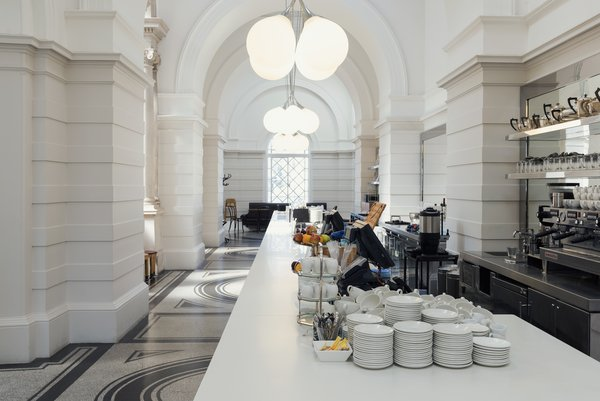 Photograph of the bar in the tate britain members room