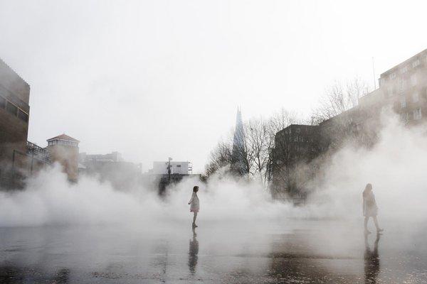 Fujiko nakaya london fog 03779 special event at tate modern tate colour photograph of fog solutioingenieria Images