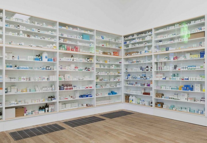 Cabinets In Pharmacy