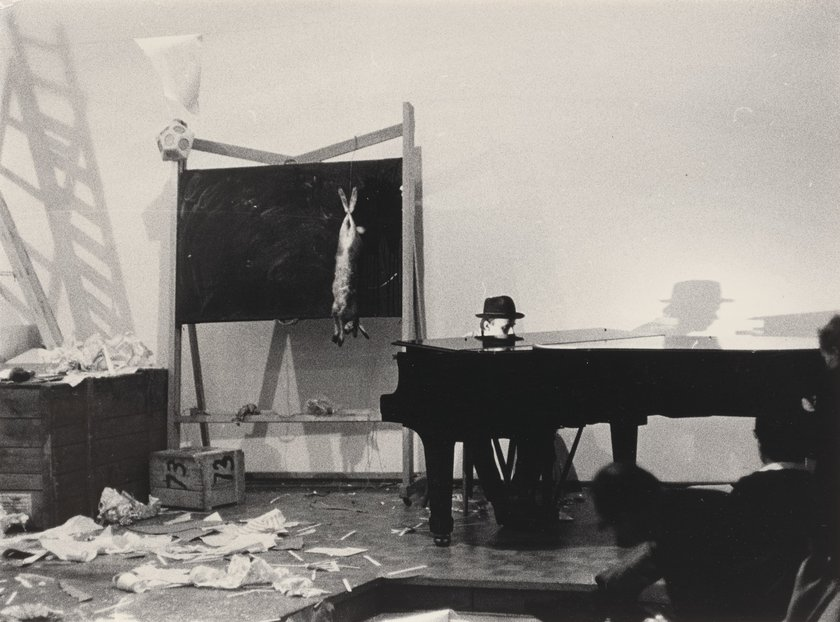 Fig.4 Joseph Beuys, Sinfonia siberiana, 1 ° movimento 1963