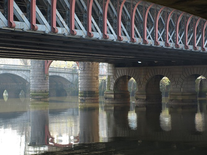 Susan Philipsz lowlands 2008 2010 photograph of under a bridge with water